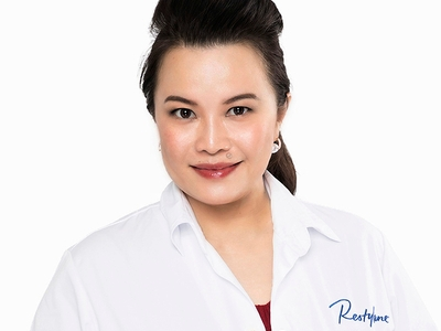 Stephanie Lam, Plastic Surgeon